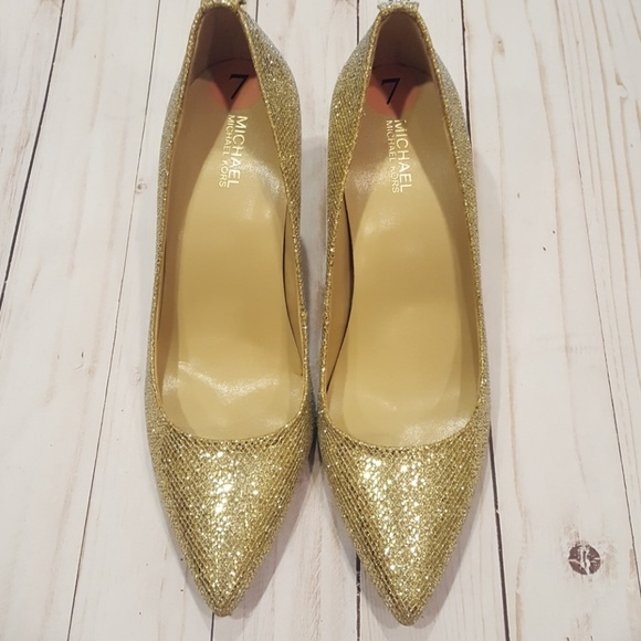 0245a4aa75f Michael kors new without tags gold sequined heels.  M 5b7335f134a4eff7f8b37756